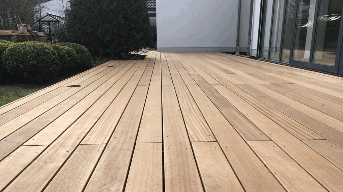Holzdeck