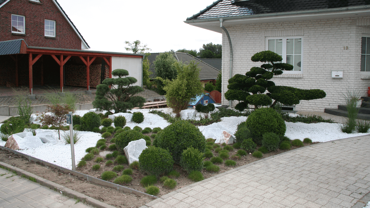 Japanischer-Vorgarten