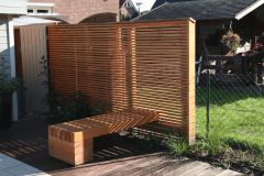 Holz-im-Garten